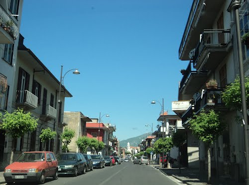 Via-Roma-main-street-in-Mugnano-del-Cardinale1
